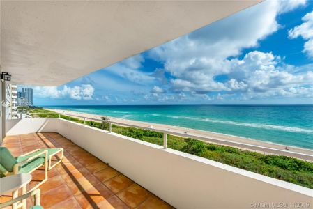 5555 Collins Ave #8N photo01