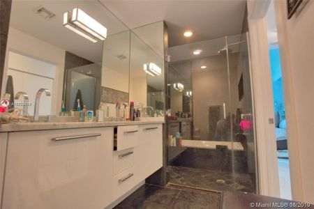 900 Biscayne Blvd #3103 photo08