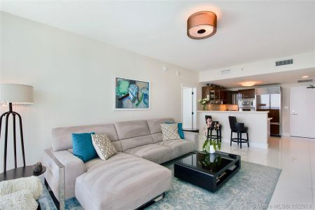 6799 Collins Ave #1704 photo09