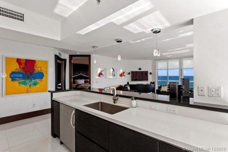 8925 Collins Ave #5A photo09
