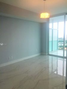 400 Sunny Isles Blvd #2002 photo010