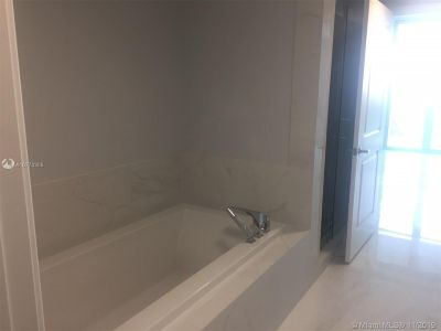 400 Sunny Isles Blvd #2002 photo014