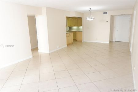 6039 Collins Ave #1407 photo056