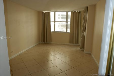 6039 Collins Ave #1407 photo064