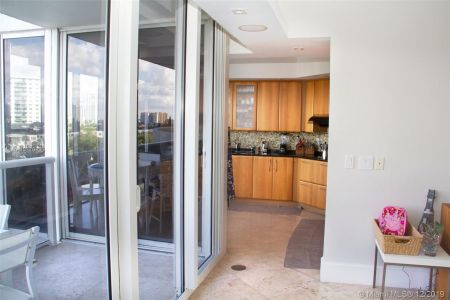 19111 Collins Ave #504 photo015