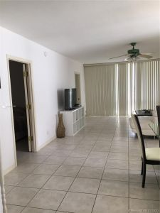 5601 Collins Ave #825 photo011