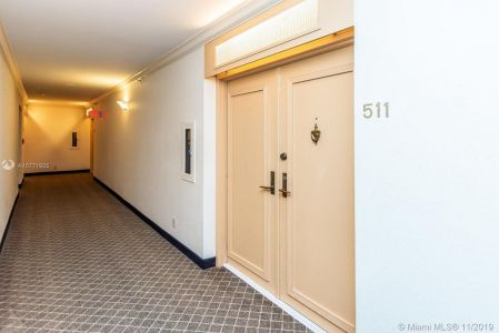 8777 Collins Ave #511 photo019