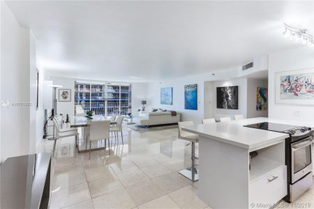 8777 Collins Ave #511 photo08