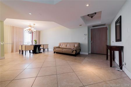 16425 Collins Ave #318 photo038
