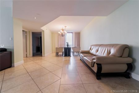 16425 Collins Ave #318 photo039