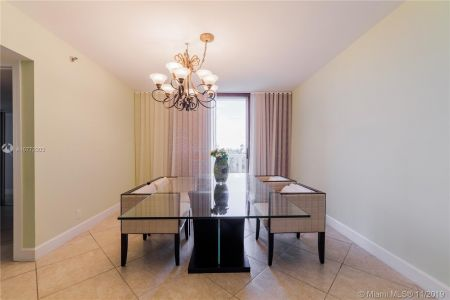 16425 Collins Ave #318 photo042