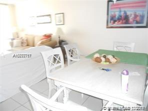 5601 Collins Ave #823 photo06