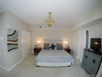 3737 Collins Ave #403 photo013