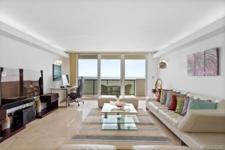 Maison Grande #1018 - 6039 Collins Ave #1018, Miami Beach, FL 33140