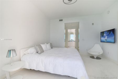 16901 Collins Ave #2304 photo024