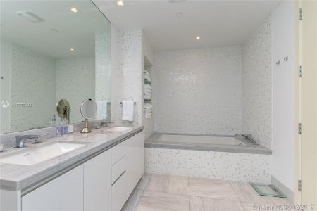 16901 Collins Ave #2304 photo026