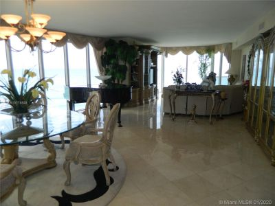 17555 Collins Ave #1508 photo04