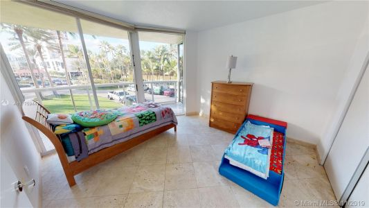 17555 Collins Ave #208 photo024