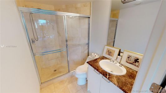 17555 Collins Ave #208 photo029