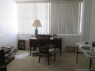 18031 Biscayne Blvd #1204 photo013