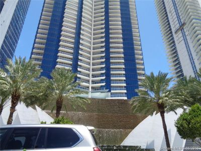 17121 Collins Ave #1503 photo01
