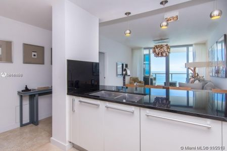 17121 Collins Ave #1503 photo014