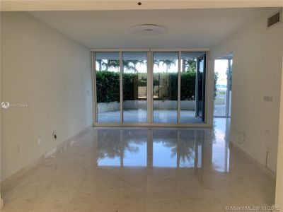19111 Collins Ave #103 photo05