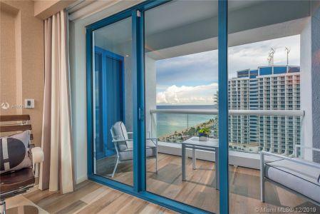 551 N Fort Lauderdale Beach Blvd #R2206 photo06