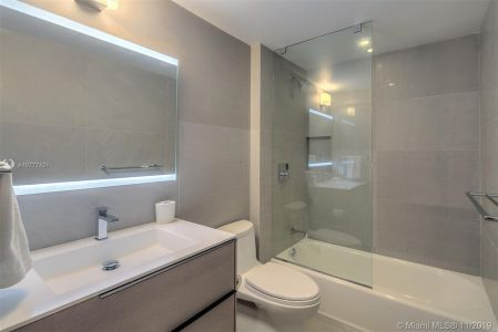 18671 Collins Ave #1401 photo026