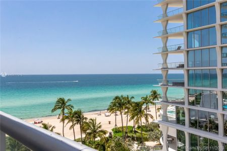 17001 Collins Ave #801 photo029