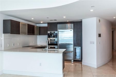 17001 Collins Ave #801 photo07