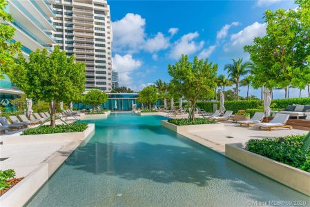 10201 Collins Ave #1706 photo021