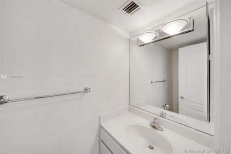 1800 Sunset Harbour Dr #709 photo013
