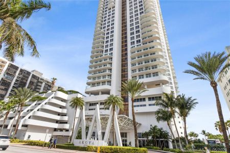 Akoya #2501 - 6365 Collins Ave #2501, Miami Beach, FL 33141