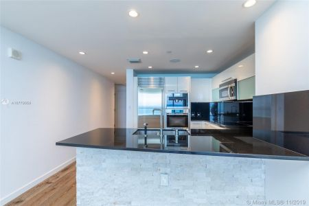17121 Collins Ave #1507 photo013