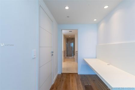 17121 Collins Ave #1507 photo032