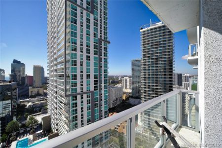 1050 Brickell Ave #2510 photo01