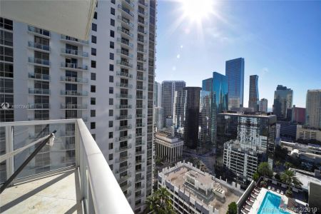 1050 Brickell Ave #2510 photo02