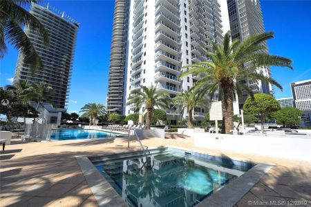 1050 Brickell Ave #2510 photo031