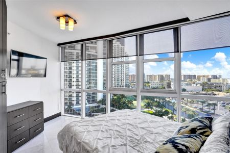 18201 Collins Ave #1201A photo014