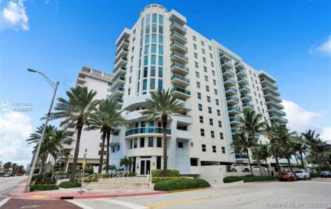 9201 Collins Ave #1226 photo01