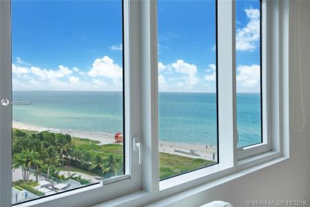 Roney Palace #1014 - 2301 Collins Ave #1014, Miami Beach, FL 33139