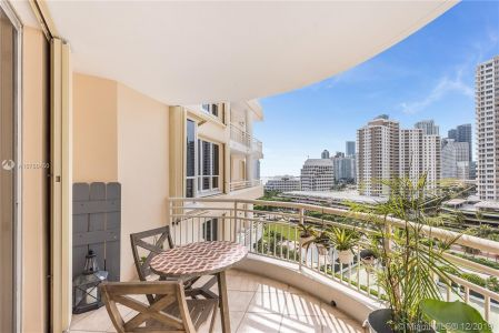 888 Brickell Key Dr #1200 photo05