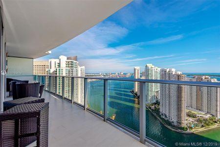 Epic Residences #3907 - 200 Biscayne Boulevard Way #3907, Miami, FL 33131