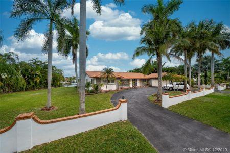Hollywood Golf Estates - 921 Diplomat Pkwy, Hollywood, FL 33019