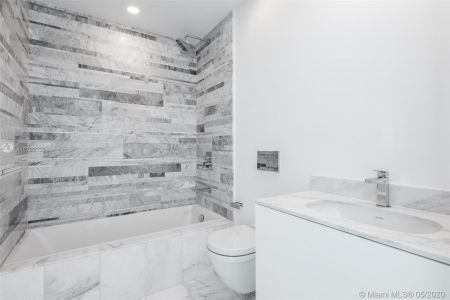 10201 Collins Ave #2103 photo020