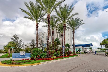 One Fifty One At Biscayne #2305 - 15051 Royal Oaks Ln #2305, North Miami, FL 33181
