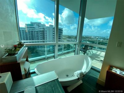 10295 Collins Ave #910 photo018