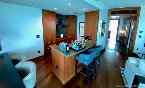 10295 Collins Ave #910 photo06