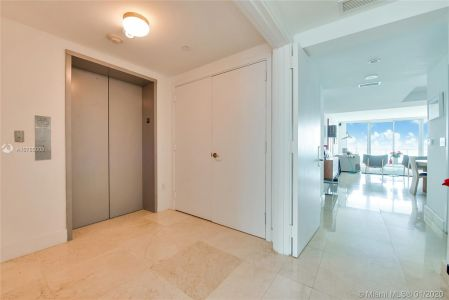1331 Brickell Bay Dr #4305 photo03